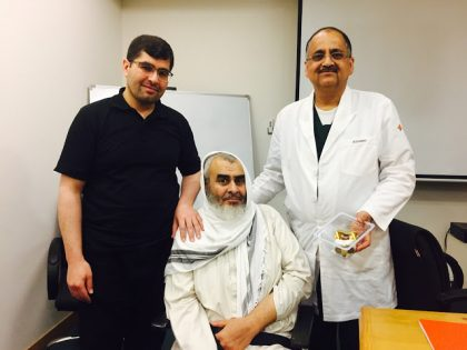 Doctors at Medanta perform Cement-less Total Knee Replacement