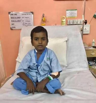 Surgeons at Fortis Hospital perform Hybrid Surgery on 8yr old boy suffering from structurally abnormal heart