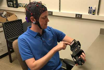 Mind-controlled device helps stroke patients retrain brains to move paralyzed hand