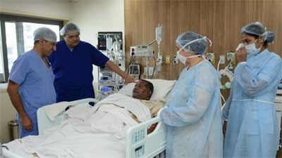 Doctors at HN Reliance Perform First Robotic Kidney TransplantSurgery in Maharashtra