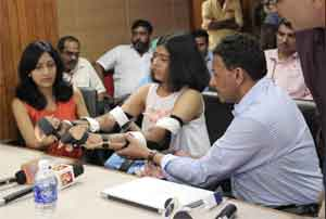 Amrita Hospital conducts Asia's first upper-arm double hand-transplant on 19-year-old girl