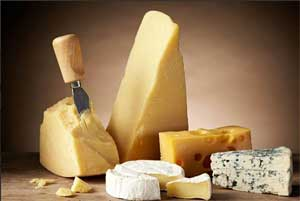Eating 40g of cheese a day may reduce heart attack and stroke risk