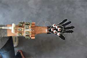 First of its kind , MRI 'glove' for imaging hand anatomy