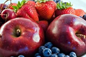 Flavonoids effective for normal lung function in aging adults
