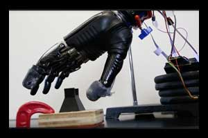 New 'e-dermis' brings sense of touch, pain to prosthetic hands