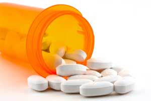 Fluoroquinolones increase risk of Achilles tendon rupture in elderly, FDA warns