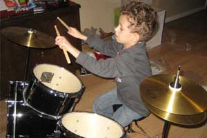 Drumming beneficial for schoolchildren diagnosed with autism