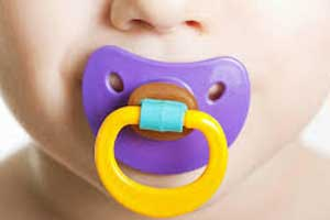 Parental sucking of pacifier protect babies against allergies