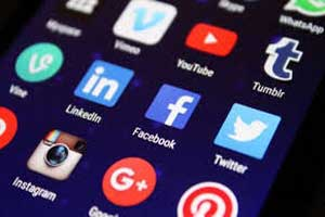 Researchers equate excessive social media use to drug addiction