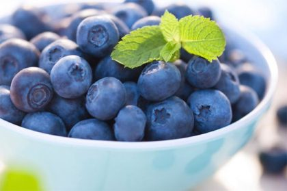 Eating blueberries daily for a month lowers blood pressure: New Study