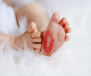 Prenatal use of lipstick and moisturizers linked to motor skill deficiencies in kids
