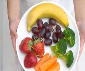 Neutropenic diet of no benefit in reducing infections in cancer patients: BMJ