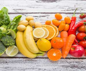 Eat colorful fruits and vegetables to avoid cataract later in life
