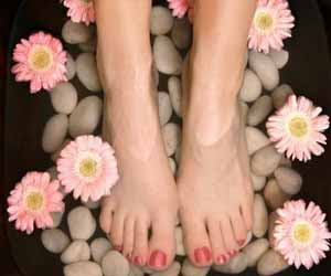 Simple Tips for foot care as shared by a podiatric surgeon