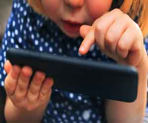 Increased screen time may impair brain development in preschool kids: JAMA study
