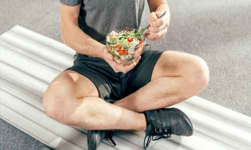 Adherence to low-fat diet may lead to lower serum testosterone in men