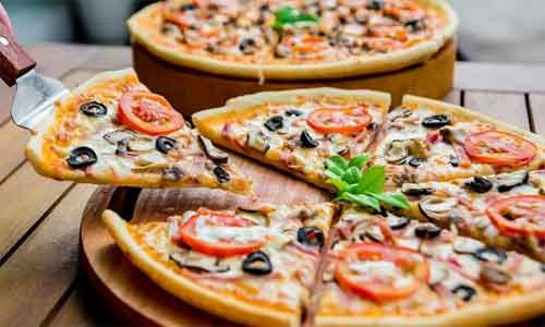 Insulin bolus 15 min before eating pizza controls blood sugar in diabetes: Study